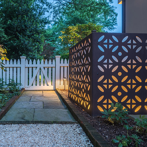 Exterior garden light
