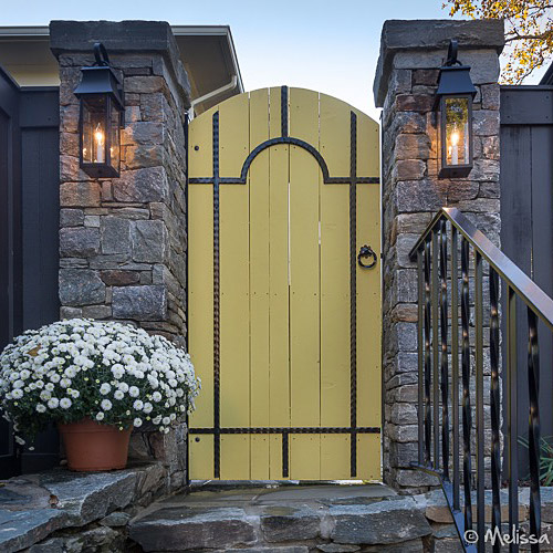 vintage yellow rounded top gate